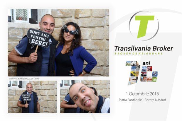 Cabina foto corporate - Petrecerea aniversare de 10 ani a Transilvania Broker